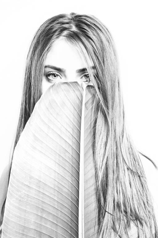 Glossy/mm18 100×150 eyes